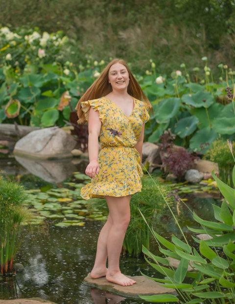 Senior Photography Girl Poses Lighting Golden Hour
