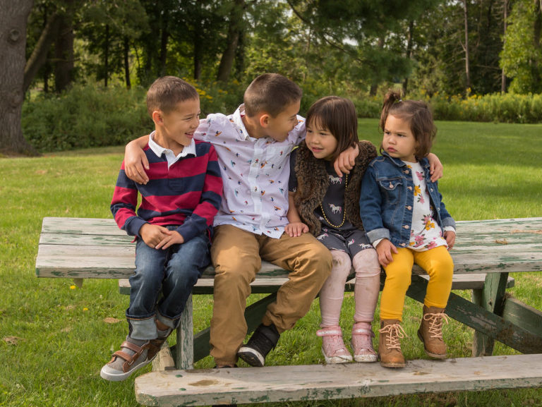 Planning Outfits Family Pictures, Family photographer madison wi, family photos madison wi, family photos sun prairie, family pictures sun prairie, sun prairie wi photographer, madison wi photographer