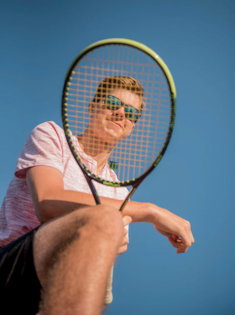 Sun Prairie WI Senior Picture Pose Ideas Tennis, madison wi senior pictures, madison wi senior photos, madison wi photographers