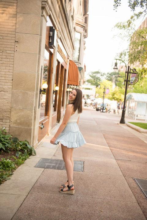 senior photography madison wi, senior picture poses madison wi, senior pictures madison wi, downtown madison senior photographer